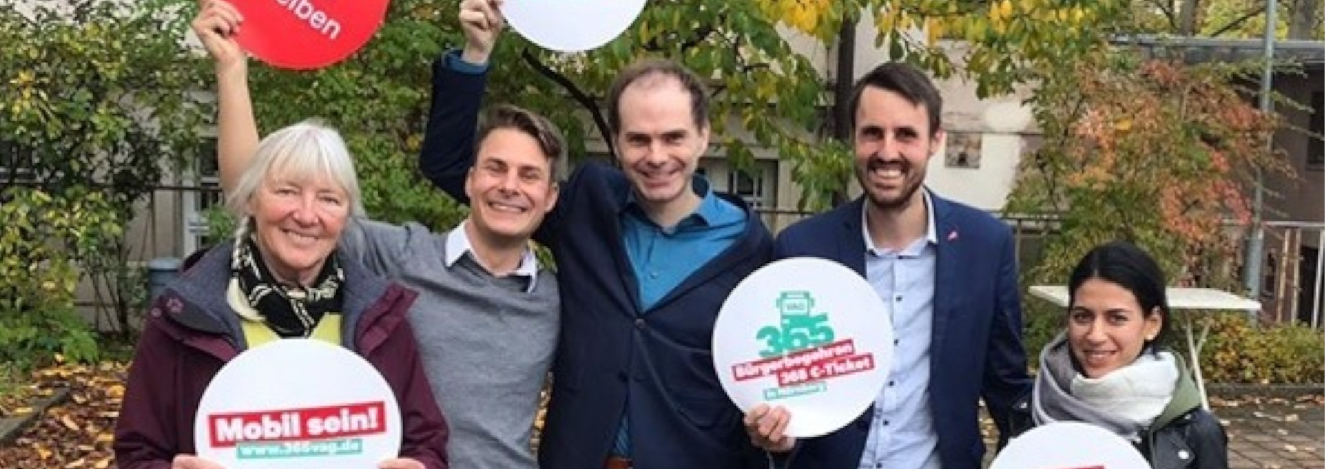 Initiatoren des Bürgerbegehrens für das 365-Euro-Jahresticket